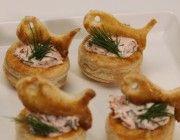 Lohivannikkeet á laJunior Master Chef Ida O'Mahoney ja Veli-Matti.     Katso Hei Me Leivotaan ke 5.6. klo 12.10 tai la 8.6. klo 11.10 Foxilla.