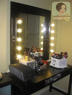 DIY Lighted makeup vanity mirror. I so want to make one of these!