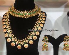 Used Sterling Silver Jewelry Info: 8501764693 India Jewelry, Gems Jewelry, Pendant Jewelry, Gold Jewellery, Silver Jewelry, Indian Jewellery Design, South Indian Jewellery, Jewelry Design, Bridal Jewelry Sets
