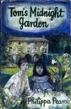 Tom's Midnight Garden by Philippa Pearce - 'This is a rare, moving story, beautifully written, and true in every way that matters.' (The Guardian ) * Masterpiece of English children's literature.' (The Independent ) Book Club Books, The Book, My Books, Book Clubs, Toms, Midnight Garden, Thing 1, Book Cover Art, Book Covers