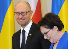 Ukrainian Prime Minister Arseniy Yatsenyuk, left, and his Polish counterpart Ewa Kopacz meet for talks in Warsaw, Poland, Wednesday, Sept. 9.