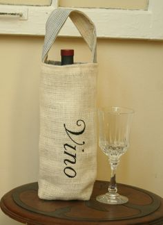 "Wine bottle carrier bag. On my ""to make"" list!"