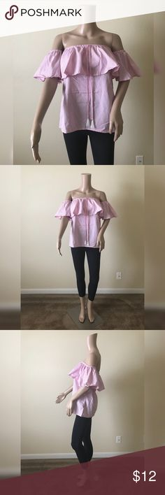 💫NEW💫Off the Shoulder Ruffled Top💫 💫Brand New with Tags💫Small to Medium size 💫💫No flaws 💫 Smoke and pet free home💫No trades💫Ships same/next day💫 Tops