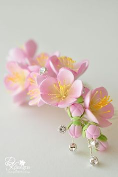 Made to Order Clay Cherry Blossom Hair Comb от dkdesignshawaii
