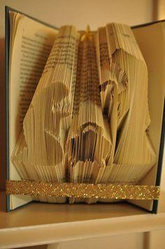 Nativity Book Folding Pattern by Meggymoonbeams on Etsy