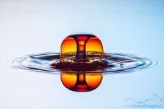 Water drop photography by Markus Reugels.