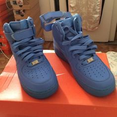 39f31bfcd47 Nike Uptowns (Air Force Ones) Beauty Blue Ups!! Rare Limited Edition Air