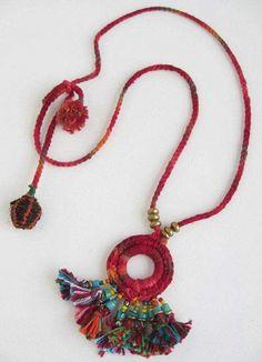 Ethnic Crochet and Tassel necklace Tassel Jewelry, Textile Jewelry, Fabric Jewelry, Ethnic Jewelry, Jewelery, Fabric Necklace, Diy Necklace, Tassel Necklace, Crochet Necklace