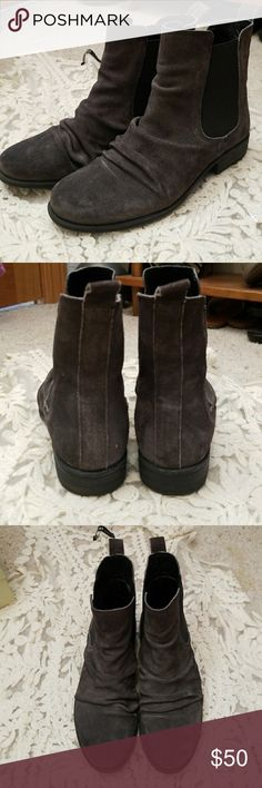 👑  PRICE DROP: Miz Mooz distressed ankle boots Grey distressed ankle boots. Super comfortable. Only worn a handful of times. Styled with skinny jeans these are the cutest! They're a little too small for me! Miz Mooz Shoes Ankle Boots & Booties