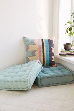 Floor pillows provide the ideal solution in this respect. It isn't as difficult as you might think to have the ability to create your own floor pillows! Here are 12 strategies to produce your own floor pillows that even I'm… Continue Reading → Furniture, Floor Cushions, Floor Pillows, Floor Seating, Dorm Decorations, Home Decor, Pillows, Flooring, Room Flooring
