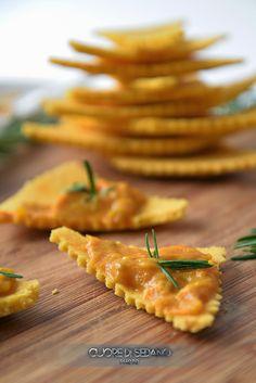 crackers al mais Veg Recipes, Cooking Recipes, Healthy Recipes, Italian Recipes, Polenta, Crepes, Buffet, Personal Chef, Biscuit Cookies