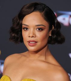 Curly girls, are you feeling the urge to shape up your coils? Inside, find 25 gorgeous short haircuts for curly hair, inspired by celebrities.