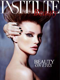 Real Techniques by Samantha Chapman iHerb coupon - Video Dailymotion Unique Makeup, Love Makeup, Beauty Makeup, Makeup Looks, Makeup Art, Graphic Eyeliner, Black Eyeliner, Real Techniques Brushes, Beauty Shoot