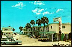 Vintage Postcard - Atlantic Waves Motel - Daytona Beach