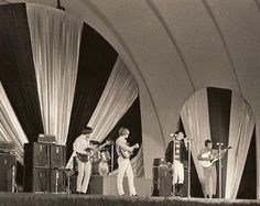 Surf Music, 60s Music, Music Icon, Beatles Band, The Beatles, Top Singer, The Hollywood Bowl, Love Band, Psychedelic Rock