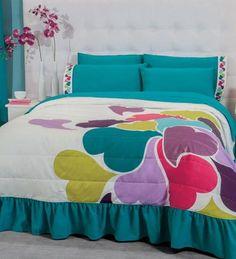 Edrecolcha Shiny Bedroom Drapes, Master Bedroom Interior, Bedroom Decor, Ruffle Bedspread, Crochet Bedspread Pattern, Linen Bedding, Bedding Sets, Bed Sheet Painting Design, Bed Cover Design