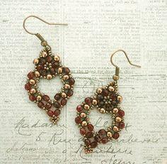 Linda's Crafty Inspirations: Free Beading Pattern - Princess Earrings