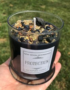 Most recent Free Soy Candles crystals Ideas Scented soy candles tend to be expressed by utilizing soy wax the industry hydrogenated soybean oil. Black Candles, Tin Candles, Candle Wax, Soy Wax Candles, Soy Candle, Fall Candles, Glass Jars With Lids, Natural Candles, Candle Magic