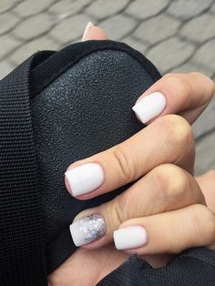 Nail art Christmas - the festive spirit on the nails. Over 70 creative ideas and tutorials - My Nails White Short Nails, Nails Short, White Nails, Orange Nail Designs, Short Nail Designs, Cool Nail Designs, Art Designs, Ten Nails, Shellac Nails