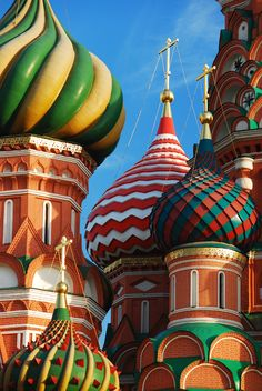 Moscow, St Basil's Cathedral by rob jons Russian Architecture, Church Architecture, Beautiful Architecture, Beautiful Buildings, Beautiful Places To Travel, Cool Places To Visit, Architecture Religieuse, Place Rouge, St Basils Cathedral