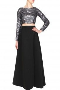 Black pleated gown skirt with side slit
