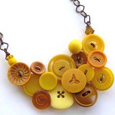 button bib necklace by buttonsoupjewelry . etsy.com