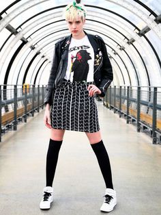 Pin for Later: Aggy's Back! The Style Evolution of Punk Chameleon Agyness Deyn Unisex Fashion, Punk Fashion, Fashion Outfits, Womens Fashion, Agyness Deyn, Skater Girl Outfits, Black Grunge, Evolution Of Fashion, Geek Chic