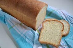 Franzela de casa reteta simpla - ca la brutarie | Savori Urbane Yams, Cornbread, Toast, Urban, Cookies, Baking, Ethnic Recipes, Food, Bebe