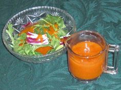 This is a copycat recipe of the Western brand dressing. Its better than the store brand and has no high fructose corn syrup in it. Note that it makes a quart, so you could cut it in half if needed. Copycat Recipes, New Recipes, Vegan Recipes, Cooking Recipes, Favorite Recipes, Savoury Recipes, Recipies, Western Dressing Recipe, Salad Dressing Recipes