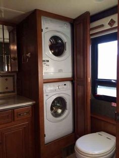 2014 Used Winnebago Tour 42QD Class A in Maryland MD.Recreational Vehicle, rv, Freightliner Maxum Chassis, Cummins 450hp diesel engine, air brakes w/ABS, automatic leveling jacks w/3-position controls, tow power package w/7-pin trailer wiring, trailer hitch, stylized aluminum wheels; CAB video camera system, tilt smartwheel, cruise control, power door locks w/remote keyless entry, powered adjustable mirrors, powered stepwell cover, solar/blackout roller shades for windshield, CB prep, dual…