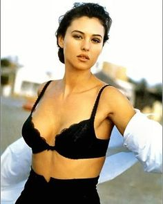 Happy Friday friends and Happy Weekend Beauty @monicabellucciofficiel Monica Bellucci for Magazine Boss 1998 #MonicaBellucci