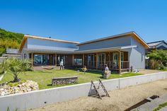 今治市波方 - Es Tutorial and Ideas Gunma, Texas Homes, Japanese House, Backyard Projects, Livingston, Adventure Travel, Tiny House, House Plans, Exterior
