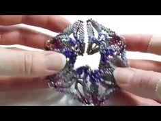 Beaded kaleidocycle - YouTube