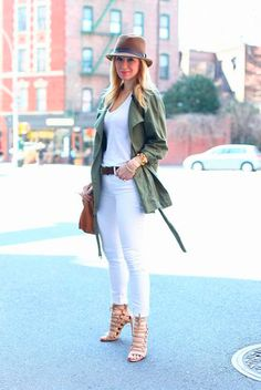 #Pantalones #Pants #White #Blanco #Verano #Summer http://fashionbloggers.pe/pamela-saleme/style-tips-pantalones-blancos-y-como-usarlos-en-verano