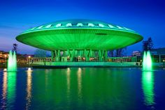 This building stands in Eindhoven. On St. Patricks day they decorate it with green lights.