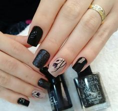 Having the ideal nails is an absolute necessity. It's mid-year however that doesn't mean you need to dependably wear brilliant hues, particularly on your nails. Black Nail Designs, Colorful Nail Designs, Gel Nail Designs, Stylish Nails, Trendy Nails, Gel Nails, Nail Polish, Nail Design Spring, Clean Nails
