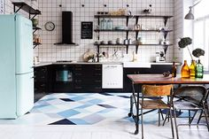 Dream Kitchen | The oh so cool home of a Swedish photographer | #Scandinavian #chic