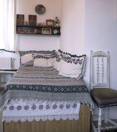 adelaparvu.com despre Anca Ciuciulin si casa ei cu decor traditional romanesc (3)