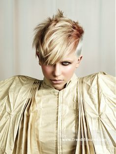 GREAT LENGTHS Kurze Blonde weiblich Gerade Spikey Farbige Moderne Multi-tonalen Frauen Haarschnitt Frisuren hairstyles