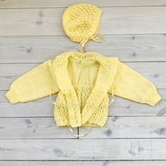 Vintage Baby Girl Cardigan and Bonnet 6-12 months 80s Yellow