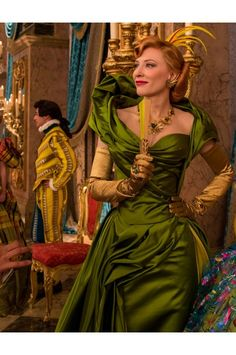 """Cate Blanchett as evil stepmother in """"Cinderella"""" . Cinderella Movie, Cinderella 2015, Cinderella Costume, Cinderella Dresses, Disney Dresses, Party Dresses For Women, Wedding Party Dresses, Cate Blanchett Cinderella, Live Action"""