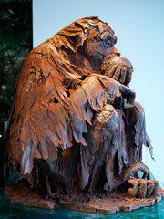 Life-sized chocolate gorilla!  Ah, Paris.