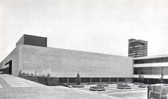 Vista del sudeste del edificio principal de la Escuela de Arquitectura, Ciudad…
