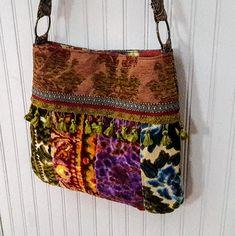 Cheap Non Slip Carpet Runners Product Handmade Purses, Handmade Crafts, Carpet Bag, Carpet Trends, Boho Bags, Embroidered Clothes, Patchwork Bags, Vintage Velvet, Crossbody Bag
