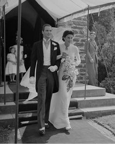 Babe paley wedding to Stanley Mortimer, Jr. in 1940.