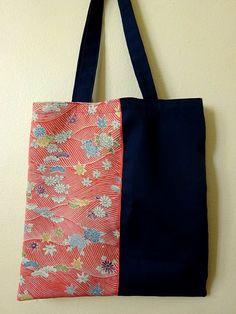 Sac de courses avec Vintage Kimono japonais en soie rose avec motif vagues, fleur, érable + bleu marine coton