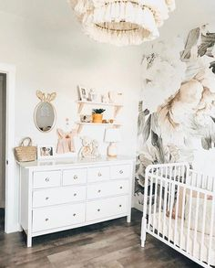 Today we are sharing 44 Space Saving Hacks for a Stylish Nursery Design. With these smart small nursery design ideas, you'll be able to maximize the space in your baby's nursery, organize your baby's room and create a beautiful space just for baby. Baby Girl Nursery Decor, Baby Bedroom, Nursery Design, Baby Room Decor, Nursery Room, Girls Bedroom, Nursery Ideas, Blush Nursery, Girl Rooms