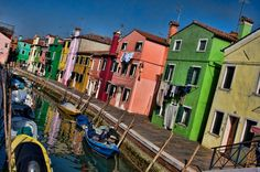 Island Hopping in Venice - Is it Worth It? - YES easy to do and totally worth it. The islands make Venice what it is! Italy Vacation, Italy Travel, Khao Lak, Koh Chang, Beyond The Sea, Krabi, Europe Destinations, Pattaya, Travel Memories