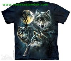 Moon Wolves Collage Adults Wolf T-Shirt : Animal Collections : Wolf T-Shirts : T-Shirtsauce Australia Shop The Mountain T-Shirts - an Australian retailer for The Mountain brand of t-shirts, singlets, dresses, longsleeves, hoodies & more. Wolf Hoodie, Wolf T Shirt, Three Wolf Moon, Wolf Totem, Wolf Pictures, Wolf Images, Beautiful Wolves, Beautiful Artwork, Beautiful Pictures