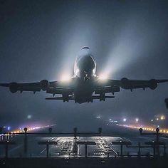 Night Flight - B747